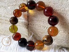 多宝手串,各种门类的琥珀集成为一串